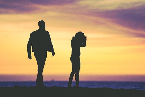 lying despair | despair couple